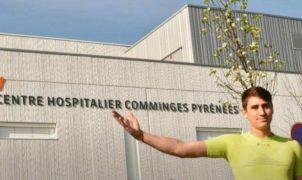 Anthony Raymond, un jeune médecin de Saint-Gaudens, a voulu prouver qu'on pouvait faire du sport sans s'éloigner de chez soi. Et a couru un marathon autour du centre hospitalier où il travaille.