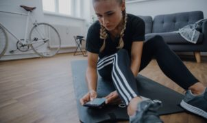 Confiné mais envie de faire du sport ? Ça tombe bien, Adidas vient d'annoncer qu'il offre un accès gratuit à son application Adidas training by Runtastic et lance le Fit From Home Challenge.