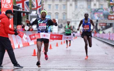 Marathon de Londres : Shura Kitata fait craquer Eliud Kipchoge !