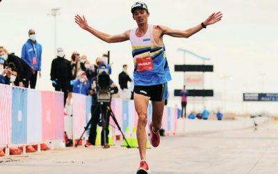 HOKA : Jim Walmsley à 12 secondes du record du monde des 100 km