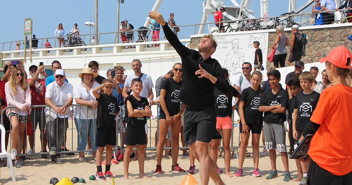 Le recordman du monde du décathlon Kevin Mayer est de retour à Saint-Jean-de-Monts le dimanche 22 août pour la deuxième édition de la Mayer Expérience.